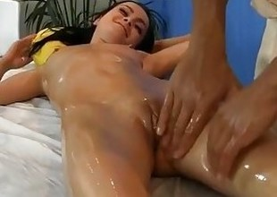 juvenile dark brown fucked during a massage