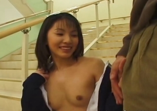 Cute japanese babe sucking some weenie
