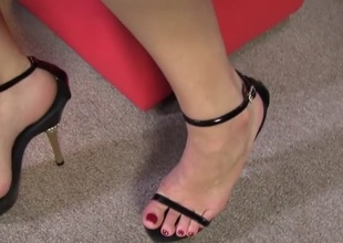 Foot Fetish Sex With Black Shlong Slut Sierra Sanders