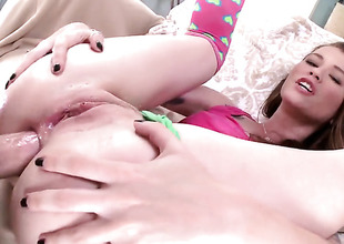 Misha Cross gives unforgettable mouth job hard dicked guy