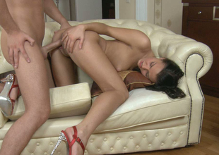 Adorable dark brown sweetie with good looking body gets drilled well