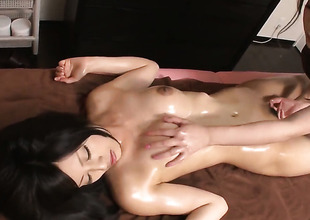 Milf cant stop touching her slit