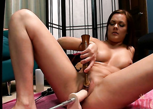 Brunette hair Kacee Daniels inserts sex toy so fucking deep in her love box