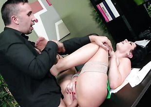 Keiran Lee cant resist mouth-watering Jayden Jaymess acttraction and bangs her like crazy