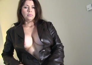 This kinky housewife can't live without to get nasty