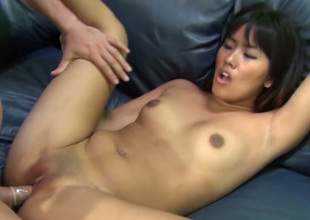 Dissolute beauty Angelina Chung gets nailed well by her fellow