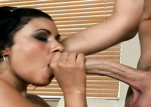 Brunette hair latin Giselle with bubbly bottom is dangerously horny after giving blowjob to Sergio