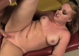 Amber Peach gets her wazoo oiled up before she rides his hard cock