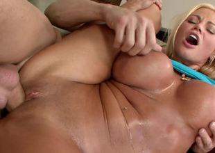 Russian MILF darling named Nikita Jaymes gets banged so damn hard
