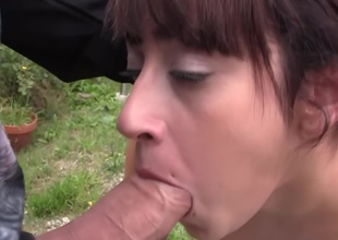 Petite girl gets banged by two dudes in the backyard