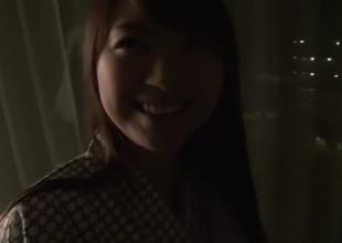 Amazing Japanese model Mayuka Akimoto