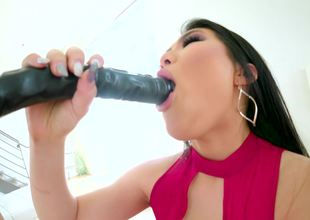 Nari Park gets sloppy swallowing his hard cock