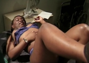 Big dick to fuck my constricted black pussy after getting muff diving