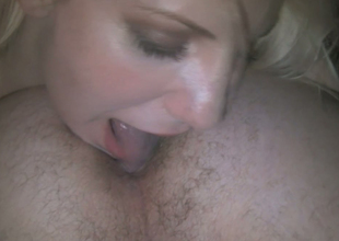 Alluring golden-haired beauty Ashley Fires gives some really great blow job