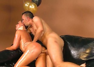 Curvy Nikki Benz looks like Kim in this hawt porn parody. Large titted brunette gets her oiled up huge bubble butt banged from behind on the couch for your viewing enjoyment. Her wet bottom is amazing!