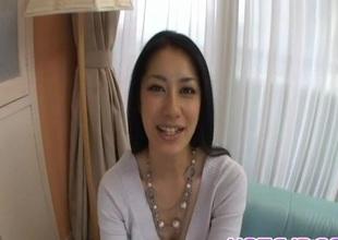 Kyoka Ishiguro with bushy snatch offers good tugjob and headjob