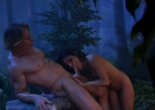 Lovely in nature's garb temptress seduces a lost soul into some steamy sex