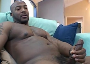 Ebony Guy Jerking Off