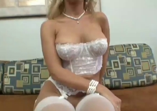 Hawt Golden-Haired Toys With Her Cunt Then Toys With A Hard Wang