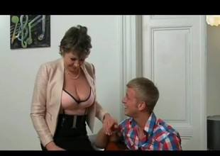 junior stud fucked hawt gilf