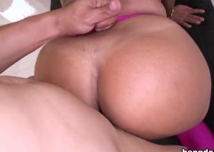 Big Booty Lalin girl Fucked Hardcore