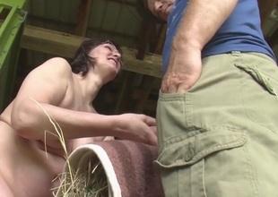 Farm Yard Fun Movie scene - MmvFilms